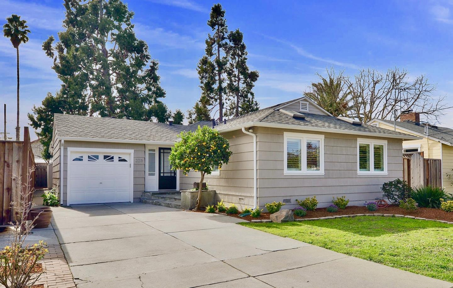 Single Family Home for Sale at 223 Vincent Drive 223 Vincent Drive Mountain View, California 94041 United States