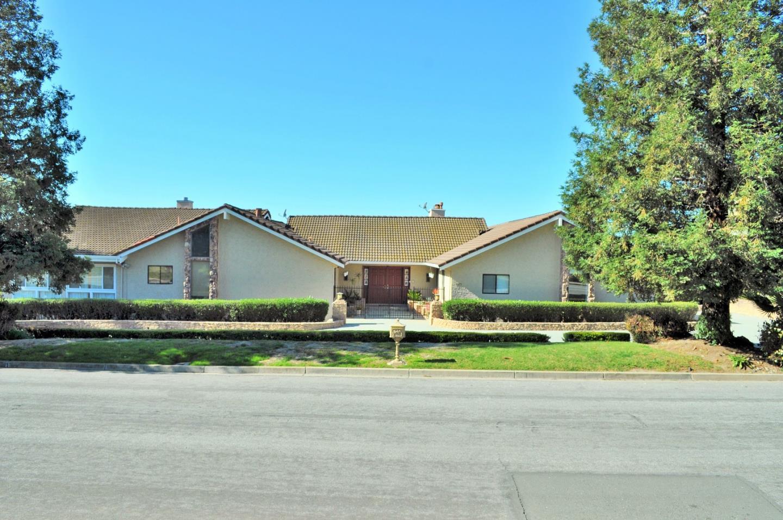 Single Family Home for Sale at 895 Yakima Drive 895 Yakima Drive Fremont, California 94539 United States