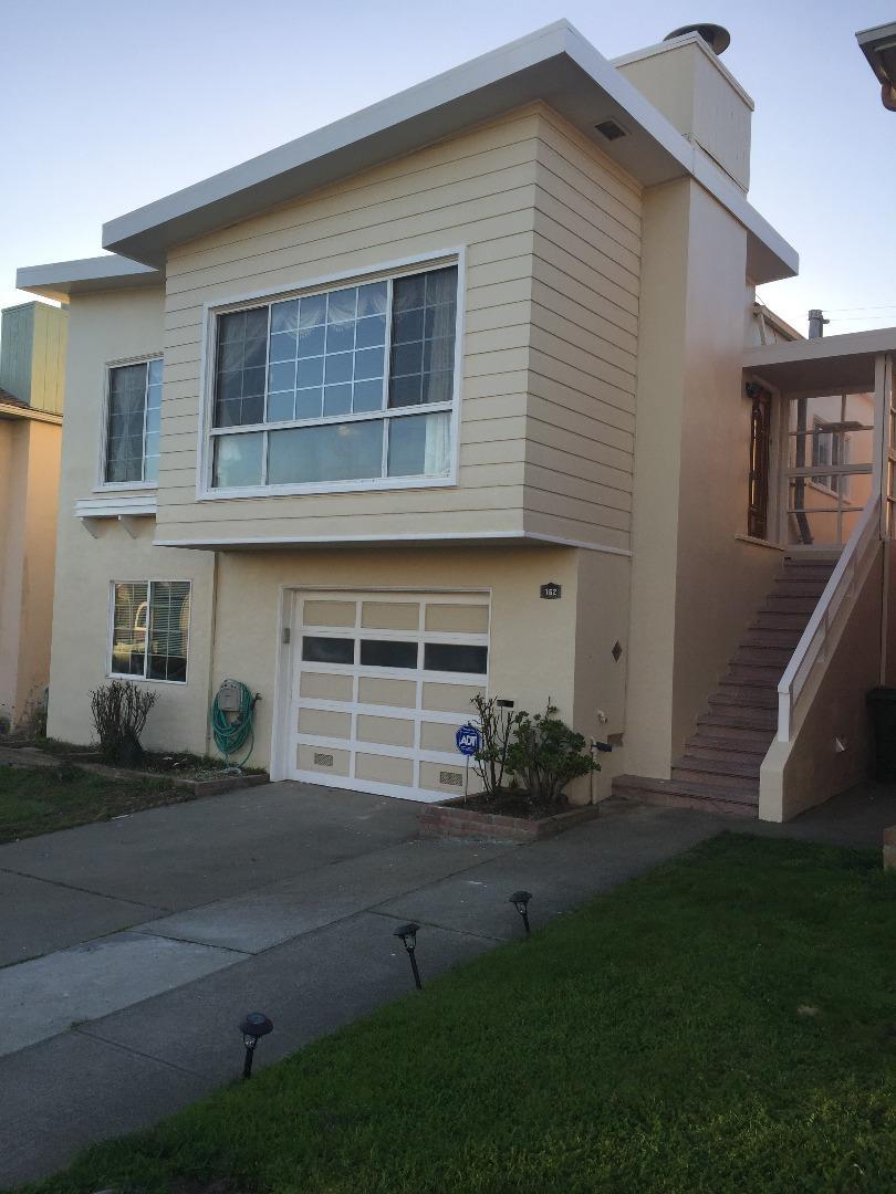 Maison unifamiliale pour l Vente à 162 Avalon Drive 162 Avalon Drive Daly City, Californie 94015 États-Unis