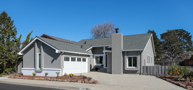 獨棟家庭住宅 為 出售 在 1005 Jamaica Street 1005 Jamaica Street Foster City, 加利福尼亞州 94404 美國