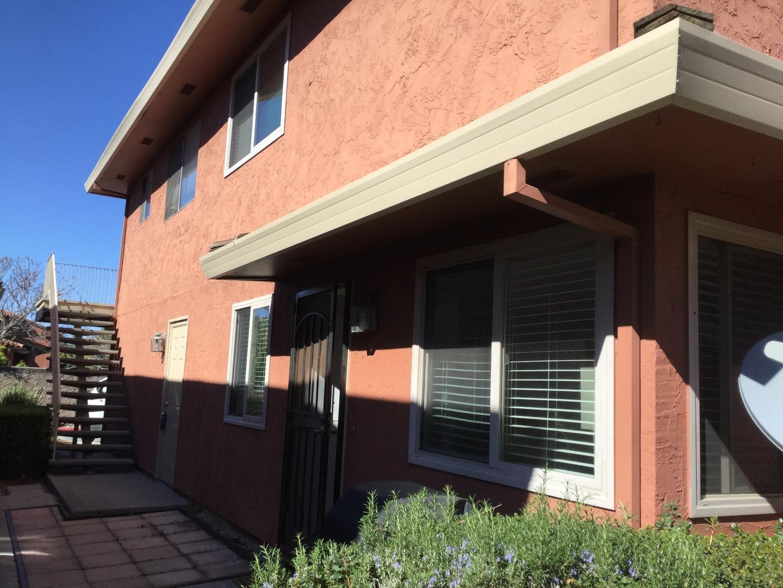 コンドミニアム のために 売買 アット 1365 Ruby Court 1365 Ruby Court Capitola, カリフォルニア 95010 アメリカ合衆国