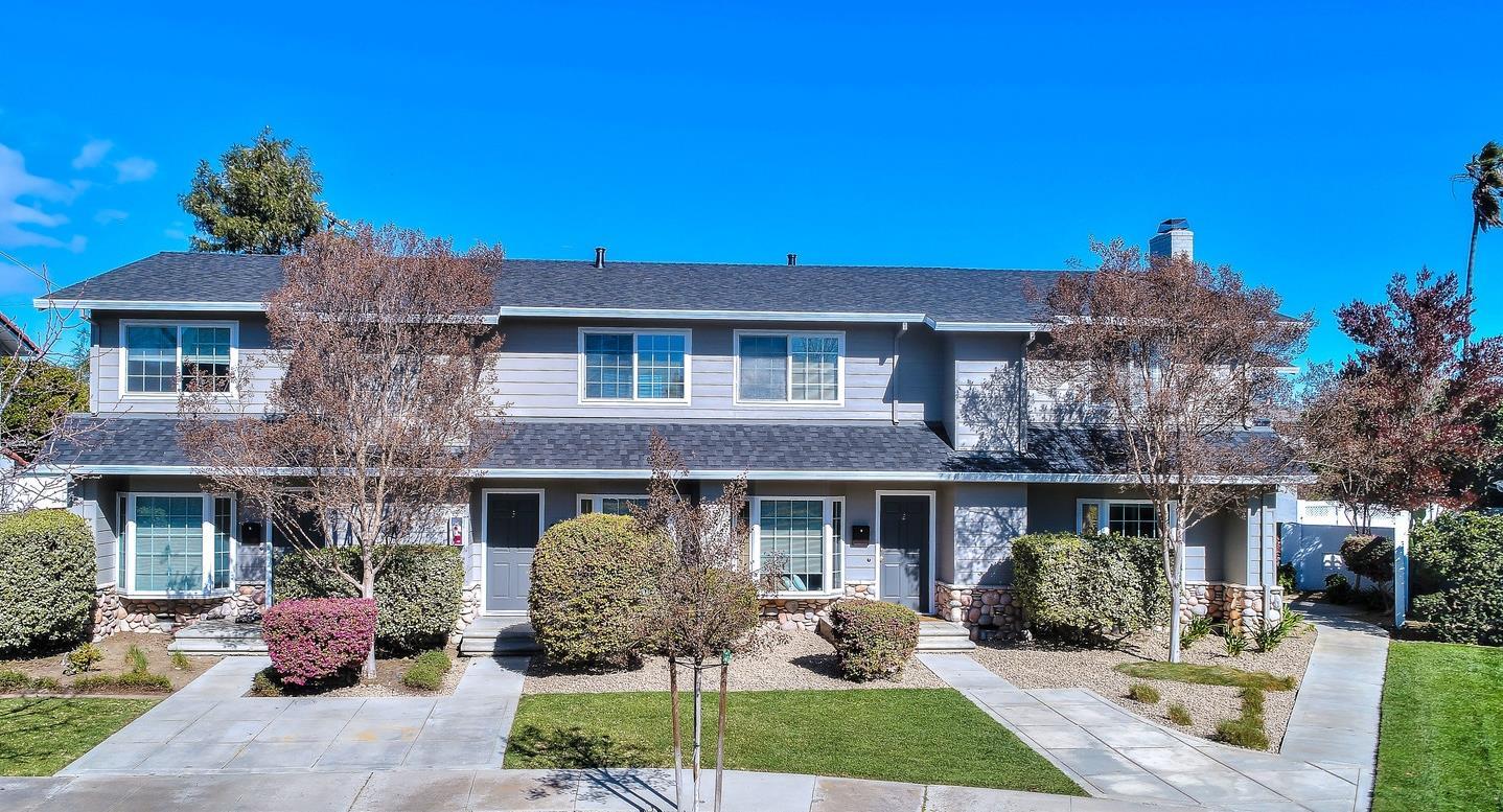 Mehrfamilienhaus für Verkauf beim 19479 Rosemarie Place 19479 Rosemarie Place Cupertino, Kalifornien 95014 Vereinigte Staaten