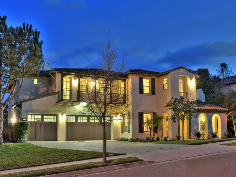 獨棟家庭住宅 為 出售 在 1122 Barnes Lane 1122 Barnes Lane San Jose, 加利福尼亞州 95120 美國