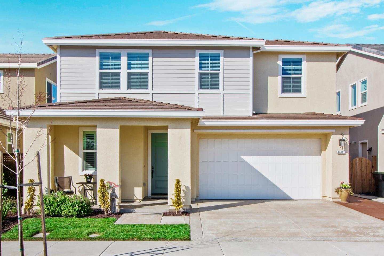 Casa Unifamiliar por un Venta en 18017 Calaveras Drive 18017 Calaveras Drive Lathrop, California 95330 Estados Unidos