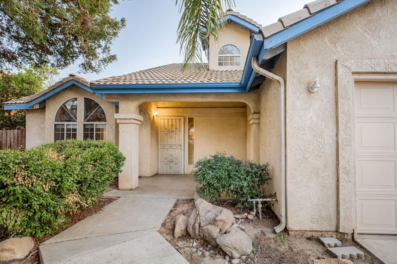 Casa Unifamiliar por un Venta en 4259 W Saginaw Way 4259 W Saginaw Way Fresno, California 93722 Estados Unidos