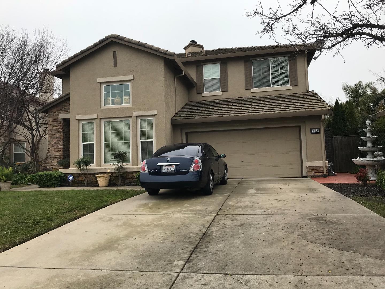 Einfamilienhaus für Verkauf beim 9584 Annika Court 9584 Annika Court Elk Grove, Kalifornien 95624 Vereinigte Staaten