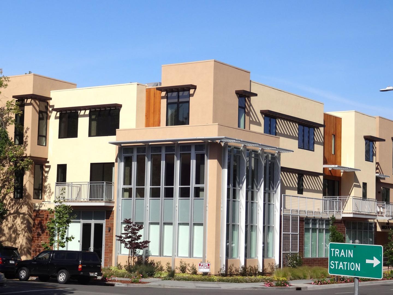Таунхаус для того Аренда на 2650 Birch Street 2650 Birch Street Palo Alto, Калифорния 94306 Соединенные Штаты