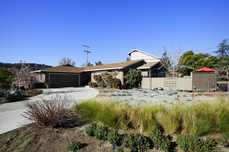 Single Family Home for Rent at 1708 Chula Vista Drive 1708 Chula Vista Drive Belmont, California 94002 United States