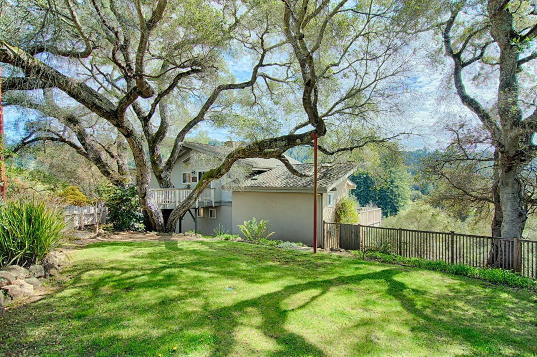 Maison unifamiliale pour l Vente à 206 Oak Creek Boulevard 206 Oak Creek Boulevard Scotts Valley, Californie 95066 États-Unis