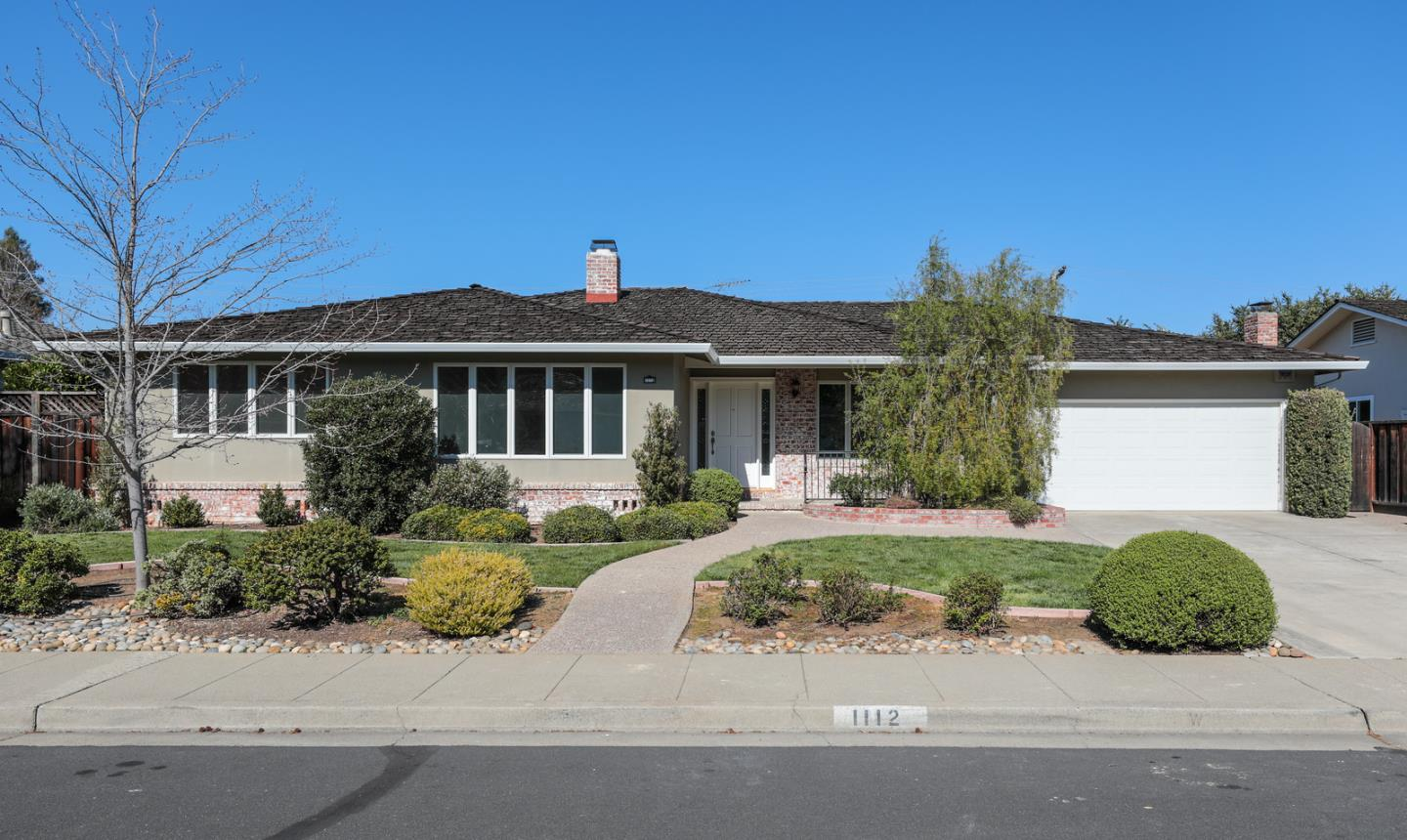 Single Family Home for Sale at 1112 Lincoln Drive 1112 Lincoln Drive Mountain View, California 94040 United States