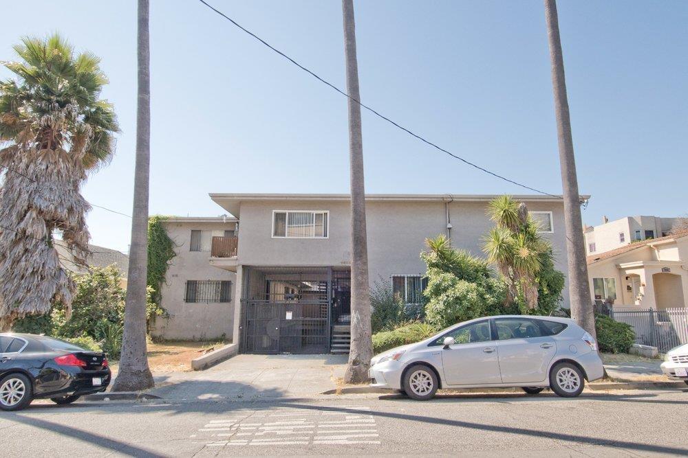 Maison avec plusieurs logements pour l Vente à 2605 9th Avenue 2605 9th Avenue Oakland, Californie 94606 États-Unis