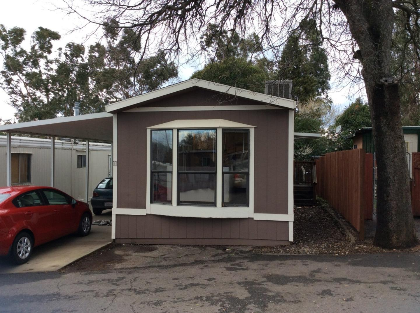 Casa Unifamiliar por un Venta en 20480 River Valley Drive 20480 River Valley Drive Anderson, California 96007 Estados Unidos