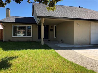 Photo of  3136 San Andreas Drive