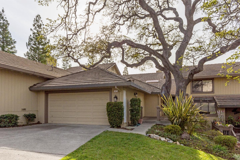 تاون هاوس للـ Sale في 5873 Dry Oak Drive 5873 Dry Oak Drive San Jose, California 95120 United States