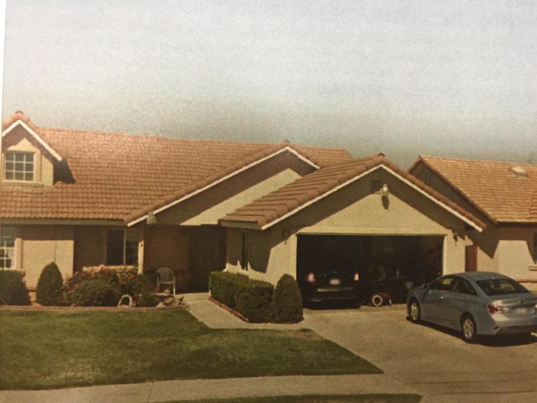 獨棟家庭住宅 為 出售 在 2957 Gamay Avenue 2957 Gamay Avenue Madera, 加利福尼亞州 93637 美國