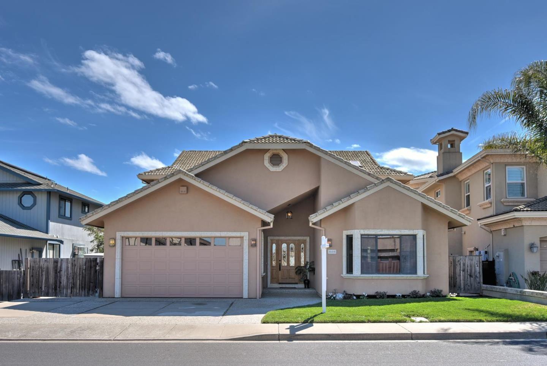 واحد منزل الأسرة للـ Sale في 5680 Beaver Lane 5680 Beaver Lane Discovery Bay, California 94505 United States