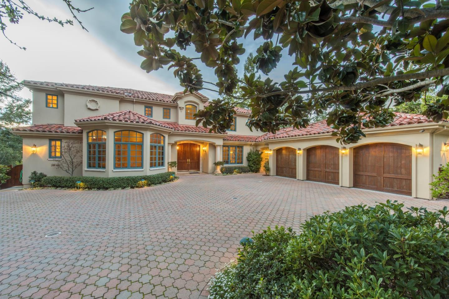 Single Family Home for Sale at 1155 Trinity Drive 1155 Trinity Drive Menlo Park, California 94025 United States