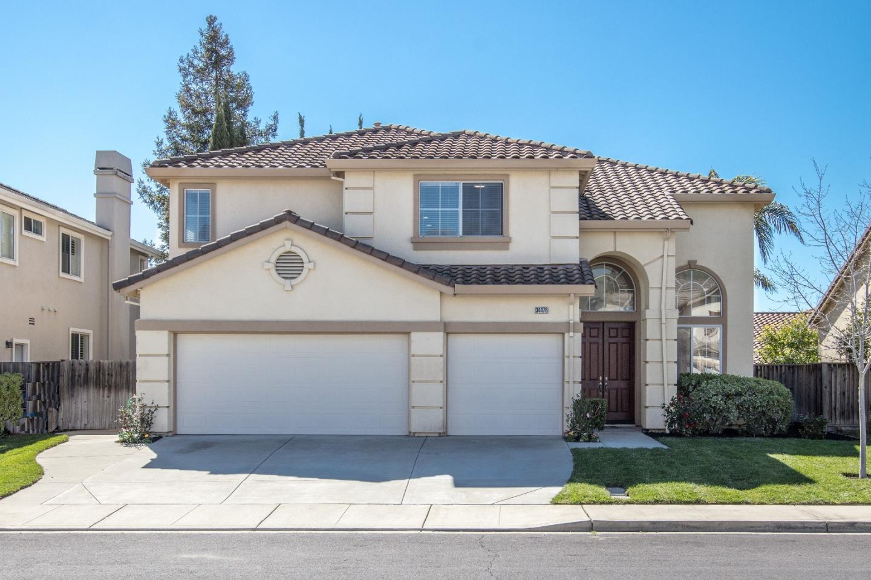 獨棟家庭住宅 為 出售 在 34476 Valley Oaks Loop 34476 Valley Oaks Loop Union City, 加利福尼亞州 94587 美國