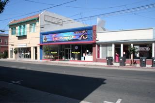 Comercial por un Venta en 23, 25, 19 E Lake Avenue 23, 25, 19 E Lake Avenue Watsonville, California 95076 Estados Unidos