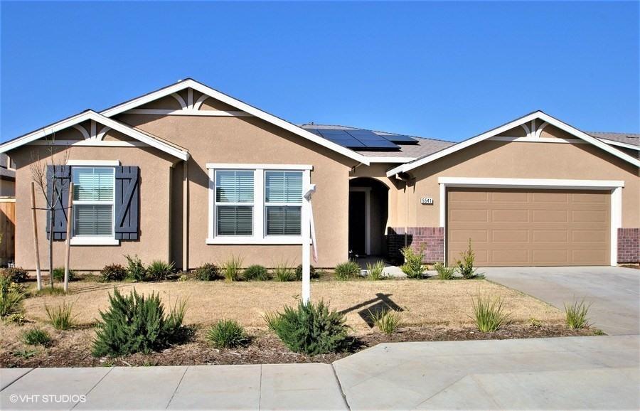 Casa Unifamiliar por un Venta en 5541 E Laurite Avenue 5541 E Laurite Avenue Fresno, California 93727 Estados Unidos