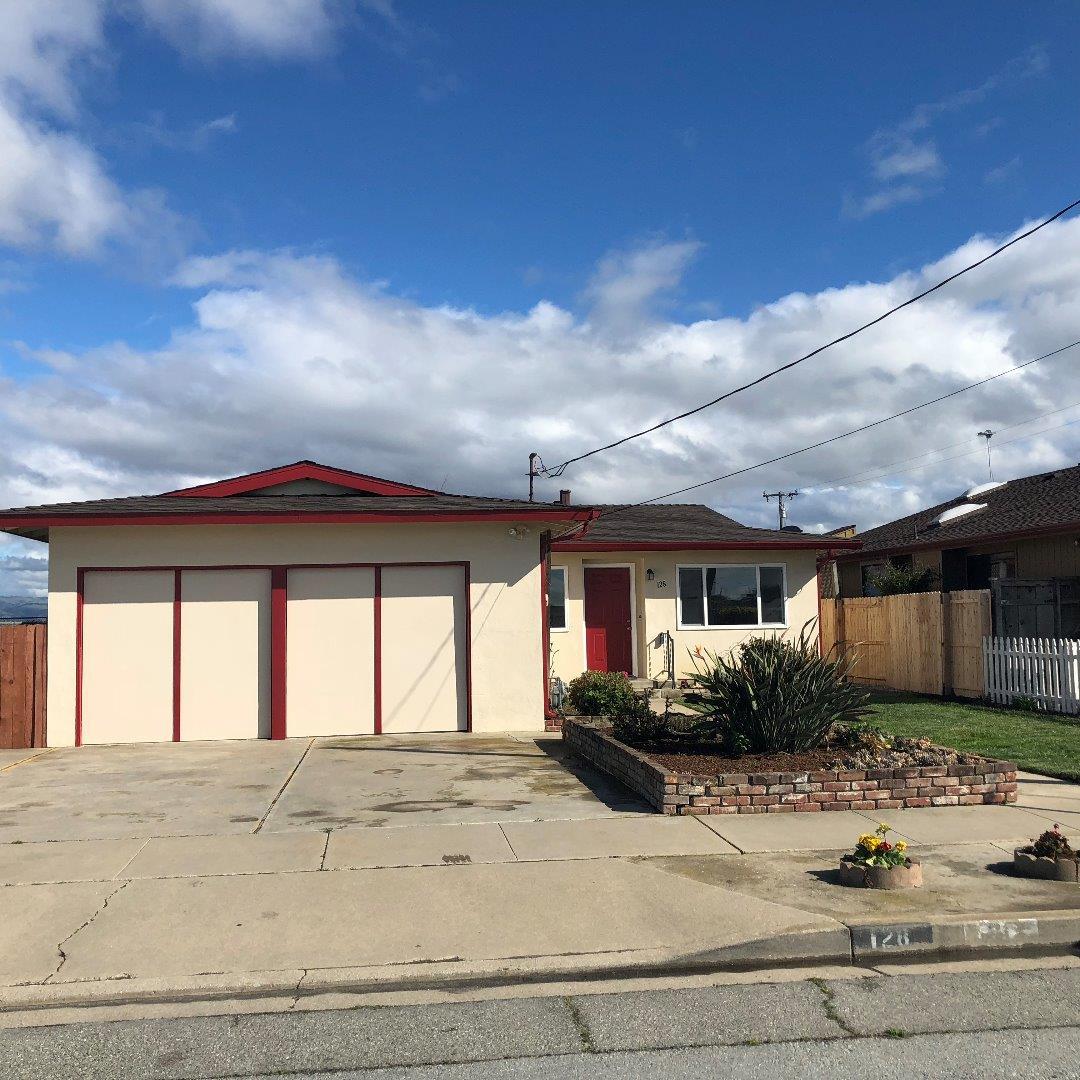 Maison unifamiliale pour l Vente à 128 Railroad Avenue 128 Railroad Avenue Spreckels, Californie 93962 États-Unis