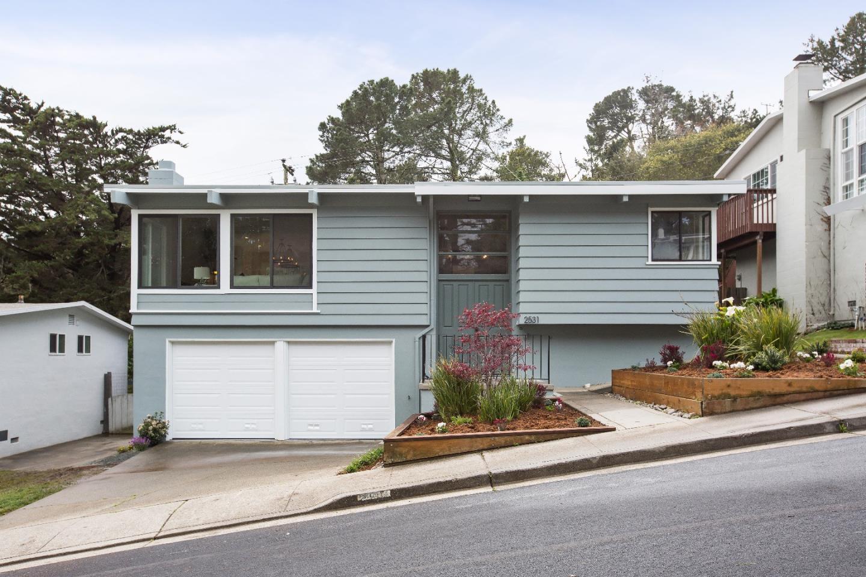 Casa Unifamiliar por un Venta en 2531 Princeton Drive 2531 Princeton Drive San Bruno, California 94066 Estados Unidos