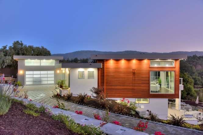 Einfamilienhaus für Verkauf beim 12830 Deer Creek Lane 12830 Deer Creek Lane Los Altos Hills, Kalifornien 94022 Vereinigte Staaten