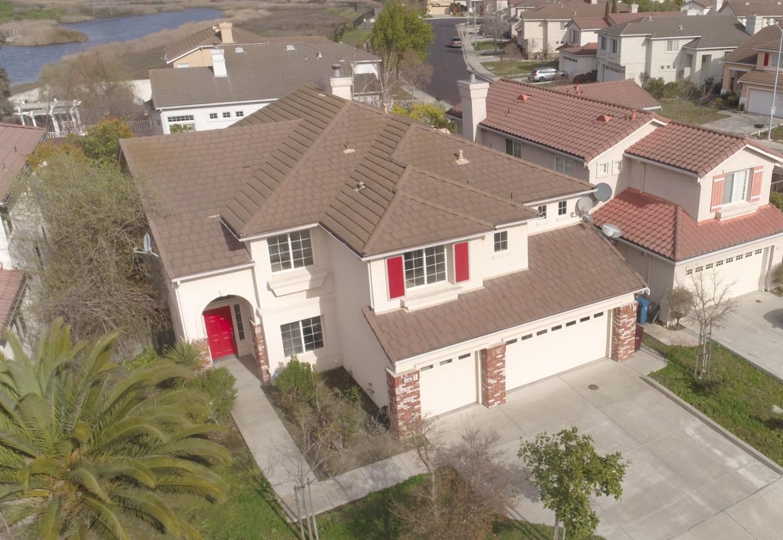 獨棟家庭住宅 為 出售 在 5705 Del Monte Court 5705 Del Monte Court Union City, 加利福尼亞州 94587 美國