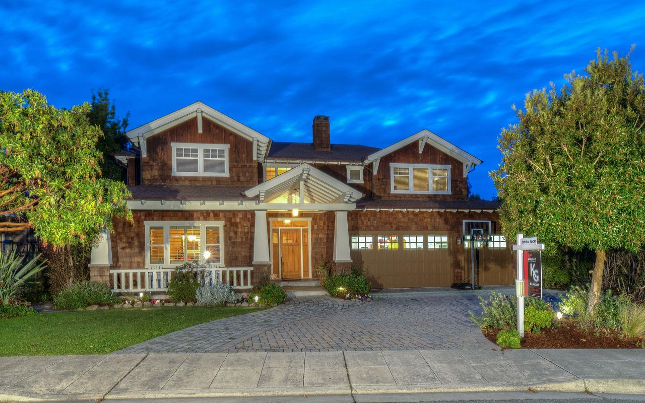Single Family Home for Sale at 740 Arroyo Leon Drive 740 Arroyo Leon Drive Half Moon Bay, California 94019 United States