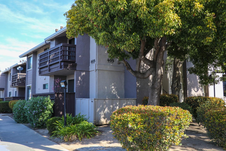 コンドミニアム のために 売買 アット 405 Tyler Place 405 Tyler Place Salinas, カリフォルニア 93906 アメリカ合衆国