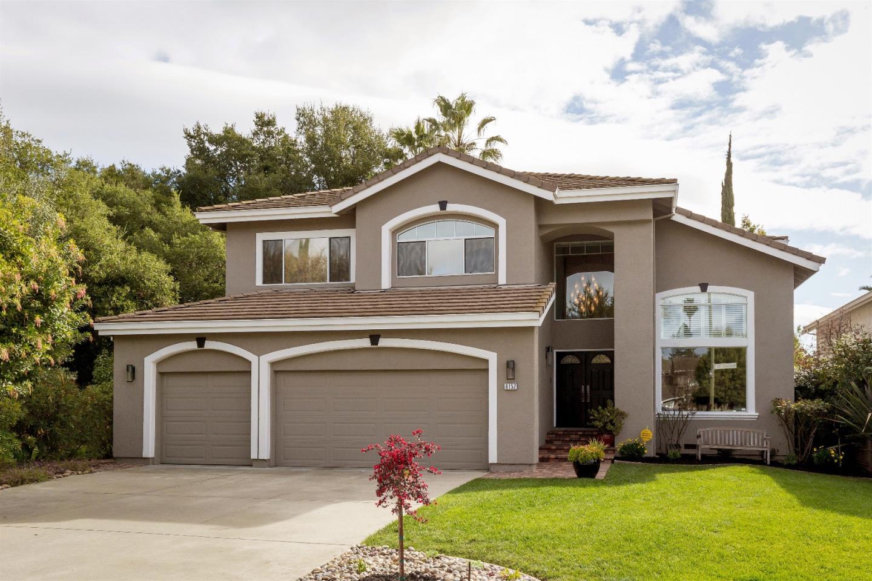 獨棟家庭住宅 為 出售 在 6152 Mancuso Street 6152 Mancuso Street San Jose, 加利福尼亞州 95120 美國