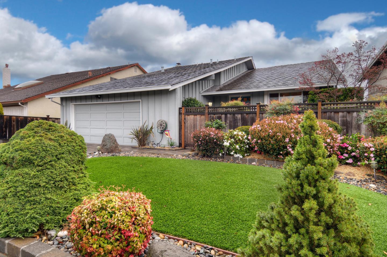 獨棟家庭住宅 為 出售 在 877 Vega Circle 877 Vega Circle Foster City, 加利福尼亞州 94404 美國