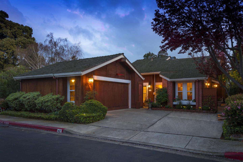 獨棟家庭住宅 為 出售 在 842 Grenada Lane 842 Grenada Lane Foster City, 加利福尼亞州 94404 美國