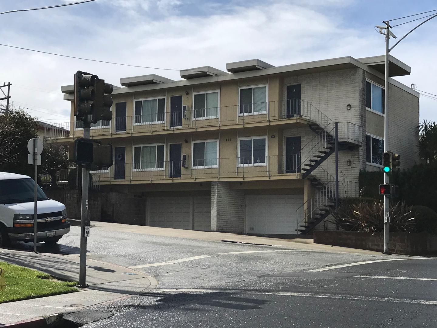 Casa Multifamiliar por un Venta en 119 Maple Avenue 119 Maple Avenue South San Francisco, California 94080 Estados Unidos