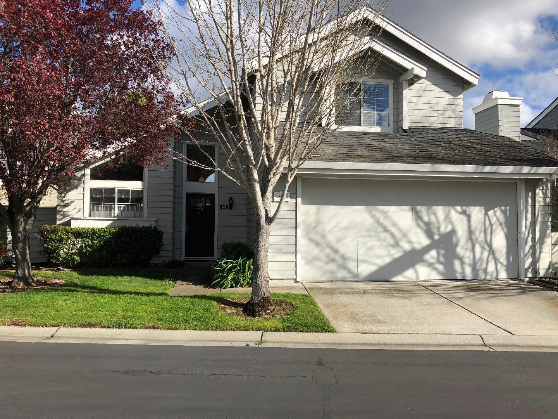 Casa Unifamiliar por un Alquiler en 858 Newport Circle 858 Newport Circle Redwood City, California 94065 Estados Unidos