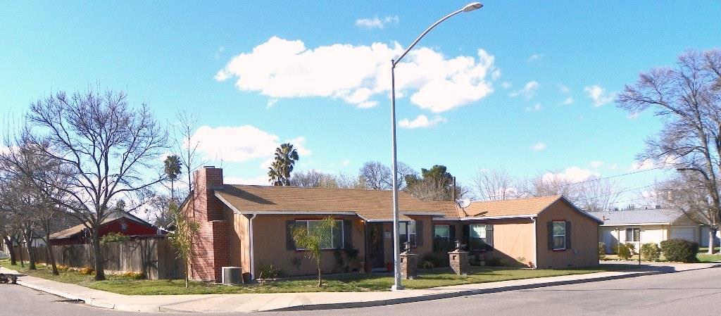 Maison unifamiliale pour l Vente à 1993 Prince 1993 Prince Newman, Californie 95360 États-Unis