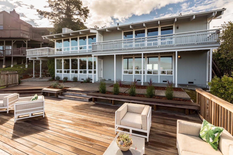 獨棟家庭住宅 為 出售 在 2732 Sequoia Way 2732 Sequoia Way Belmont, 加利福尼亞州 94002 美國