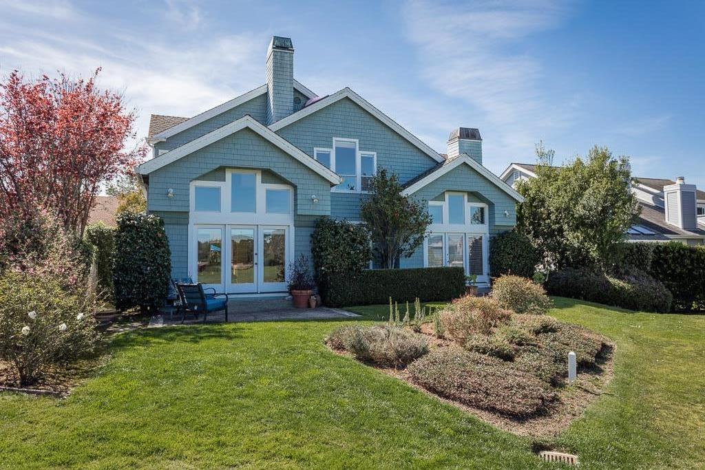 Maison unifamiliale pour l Vente à 18 Bayhill Place 18 Bayhill Place Half Moon Bay, Californie 94019 États-Unis