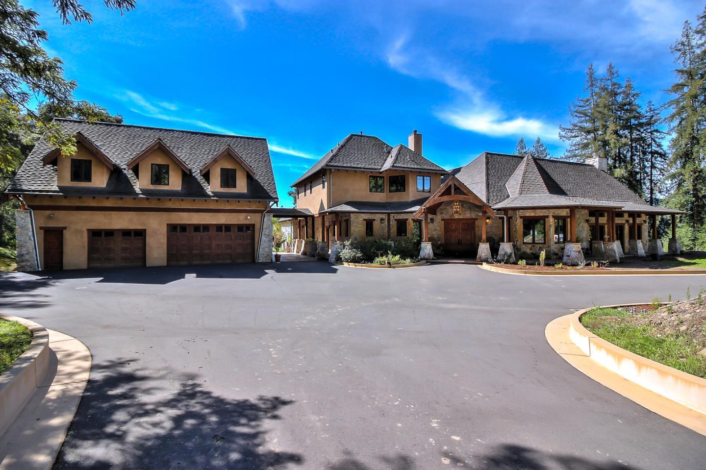 واحد منزل الأسرة للـ Sale في 10206 Newell Creek Road 10206 Newell Creek Road Ben Lomond, California 95005 United States