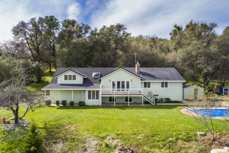 واحد منزل الأسرة للـ Sale في 15934 Cook Road 15934 Cook Road Rough And Ready, California 95975 United States