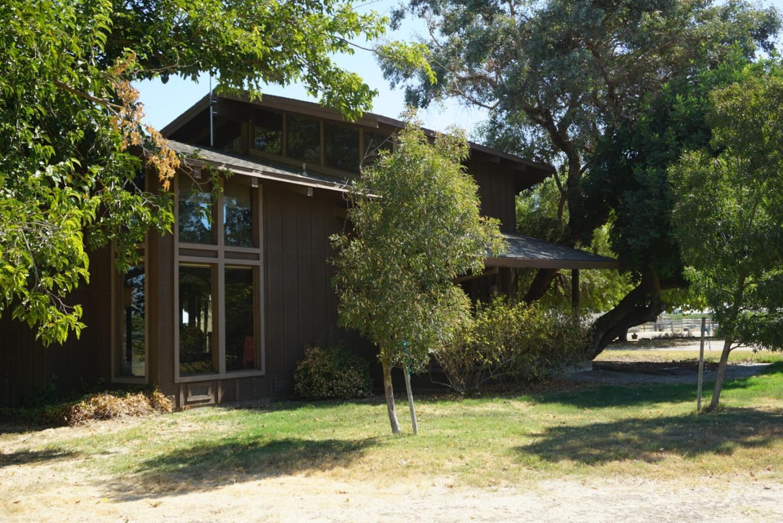 Maison unifamiliale pour l Vente à 30300 Eastin Road 30300 Eastin Road Gustine, Californie 95322 États-Unis