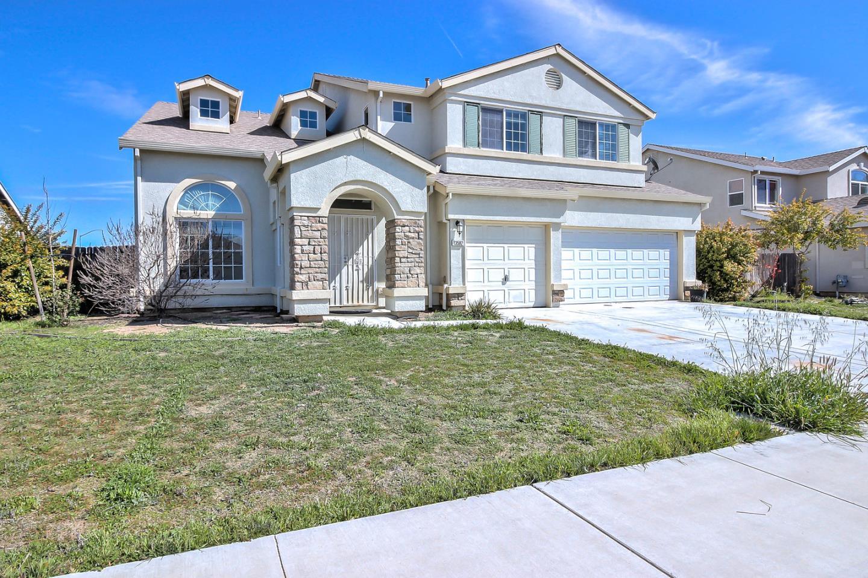 Maison unifamiliale pour l Vente à 13582 SAN CLEMENTE Avenue 13582 SAN CLEMENTE Avenue Gustine, Californie 95322 États-Unis