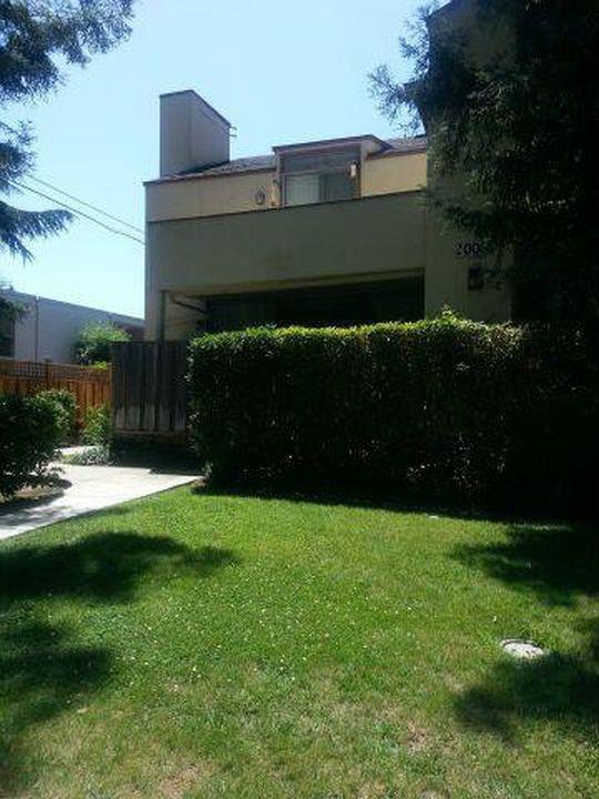 Condominium for Rent at 2006 Klamath 2006 Klamath Santa Clara, California 95051 United States