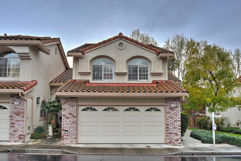 タウンハウス のために 売買 アット 2109 Calle Vista Verde 2109 Calle Vista Verde Milpitas, カリフォルニア 95035 アメリカ合衆国