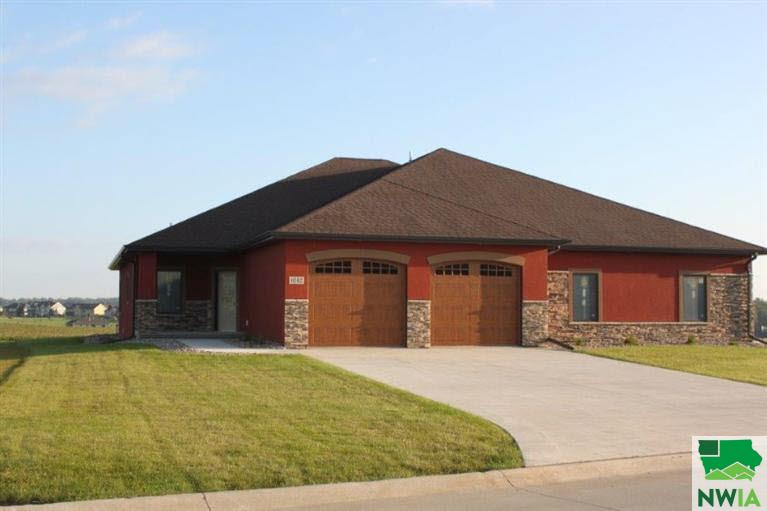 Property for sale at 1042 Teres View Dr, Sioux Center,  IA 51250