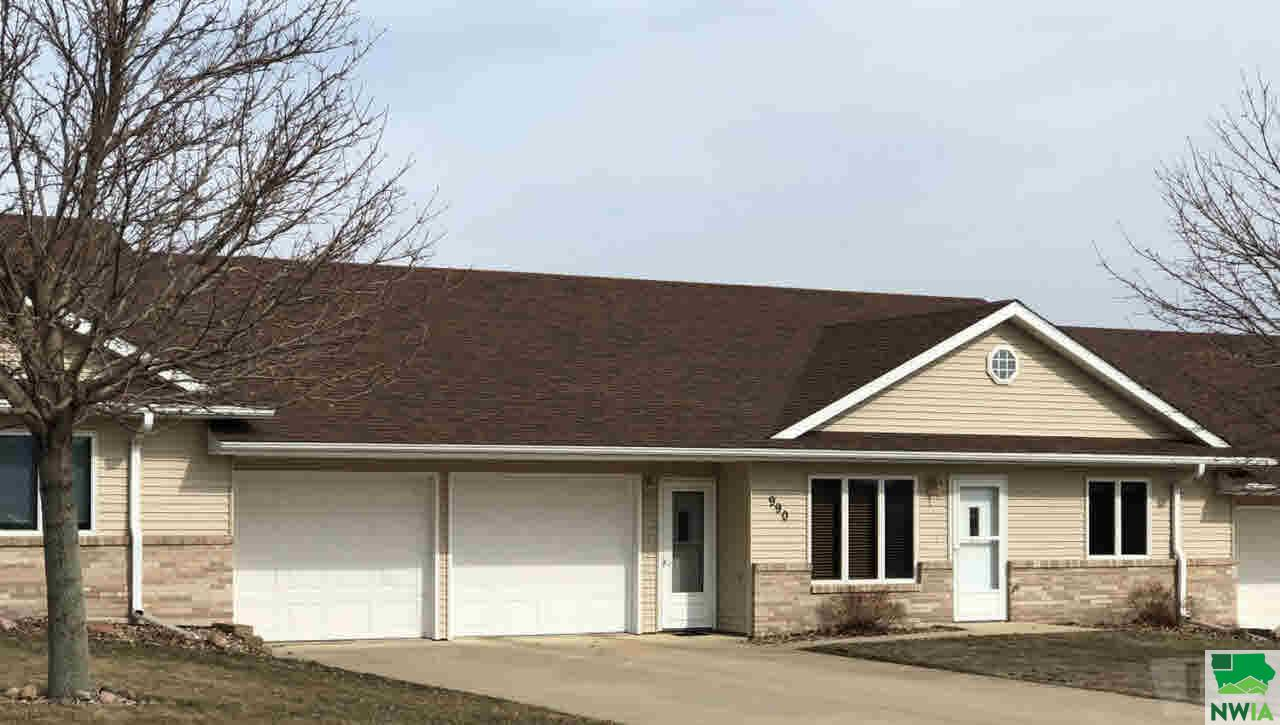 Property for sale at 990 7th Avenue, Sioux Center,  IA 51250
