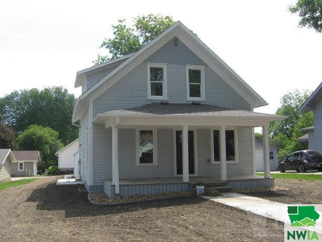 Property for sale at 113 Boston Avenue, Orange City,  IA 51041