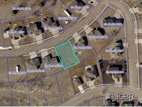 Property for sale at 1702 Arnold Palmer Lane, Elk Point,  SD 57025