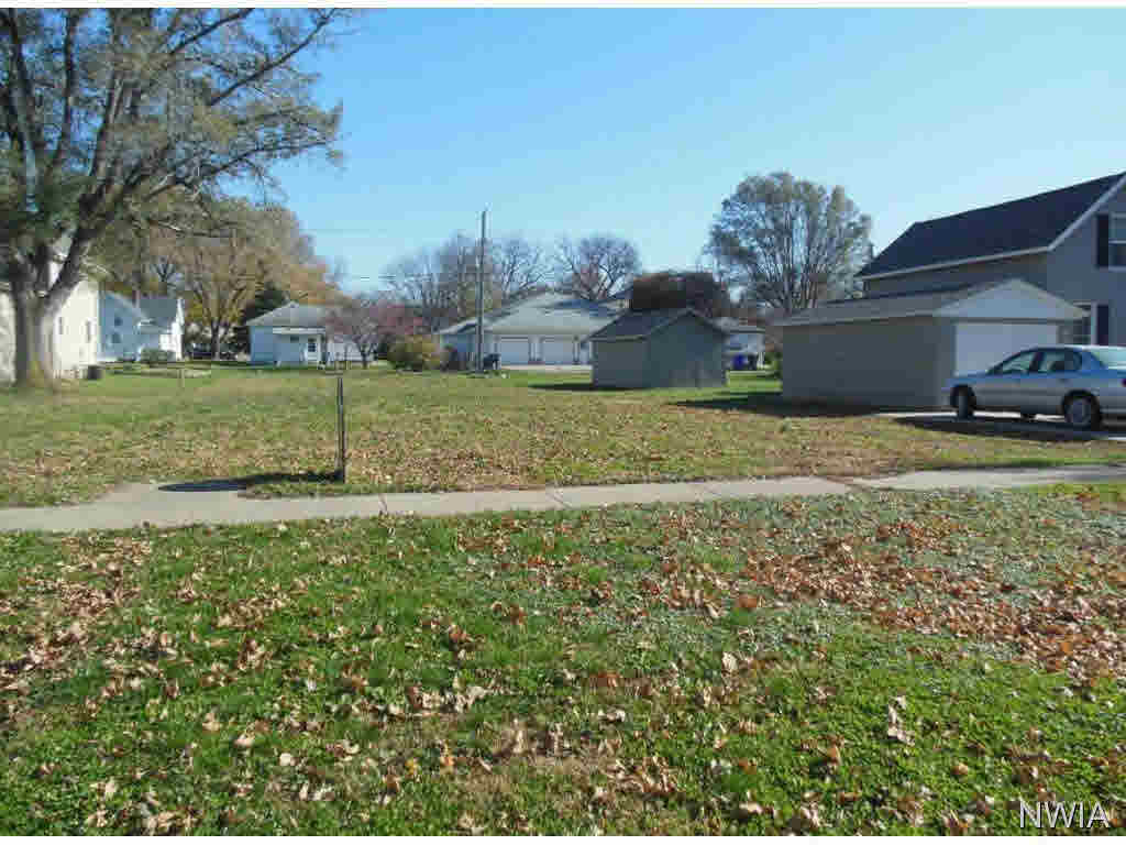 Property for sale at 126 4th Ave Nw, Lemars,  IA 51031