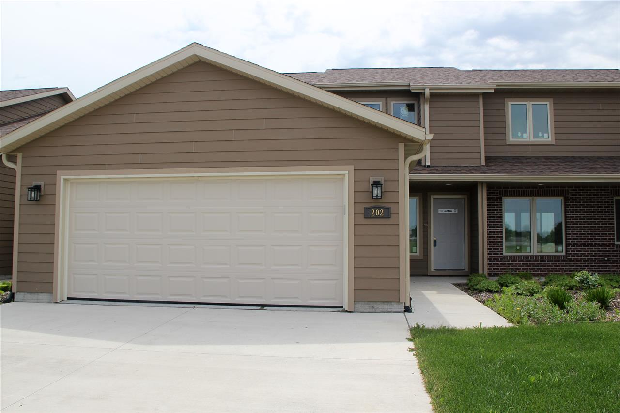 Property for sale at 202 Prairie Bluff Dr. Unit: A, Sergeant Bluff,  IA 51054